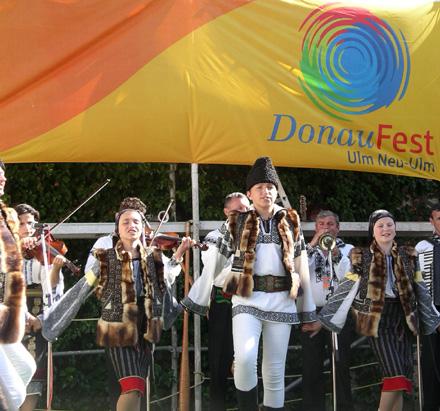 Donaufest Tanzgruppe