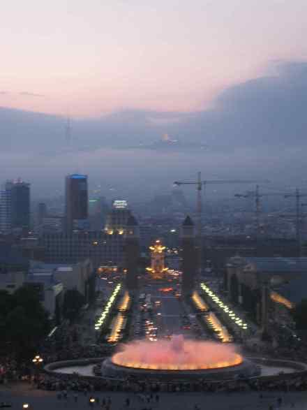 http://www.donvanone.de/wp-content/uploads_donvanone/2008/06/brunnen.jpg