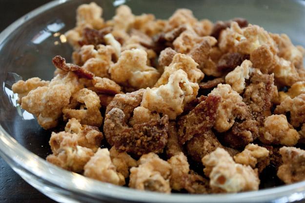 karamellisiertes_popcorn_mit_bacon